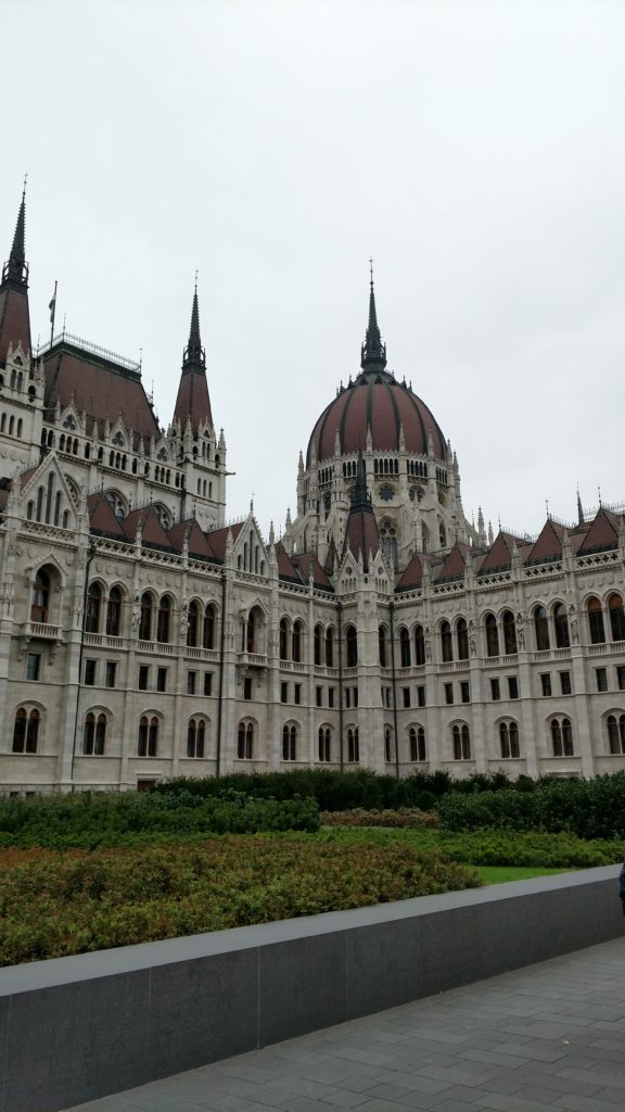 parliment, another way to Budget for Budapest